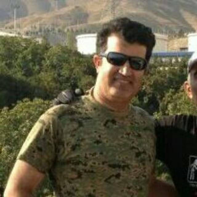 خلبان شهرام اسدی