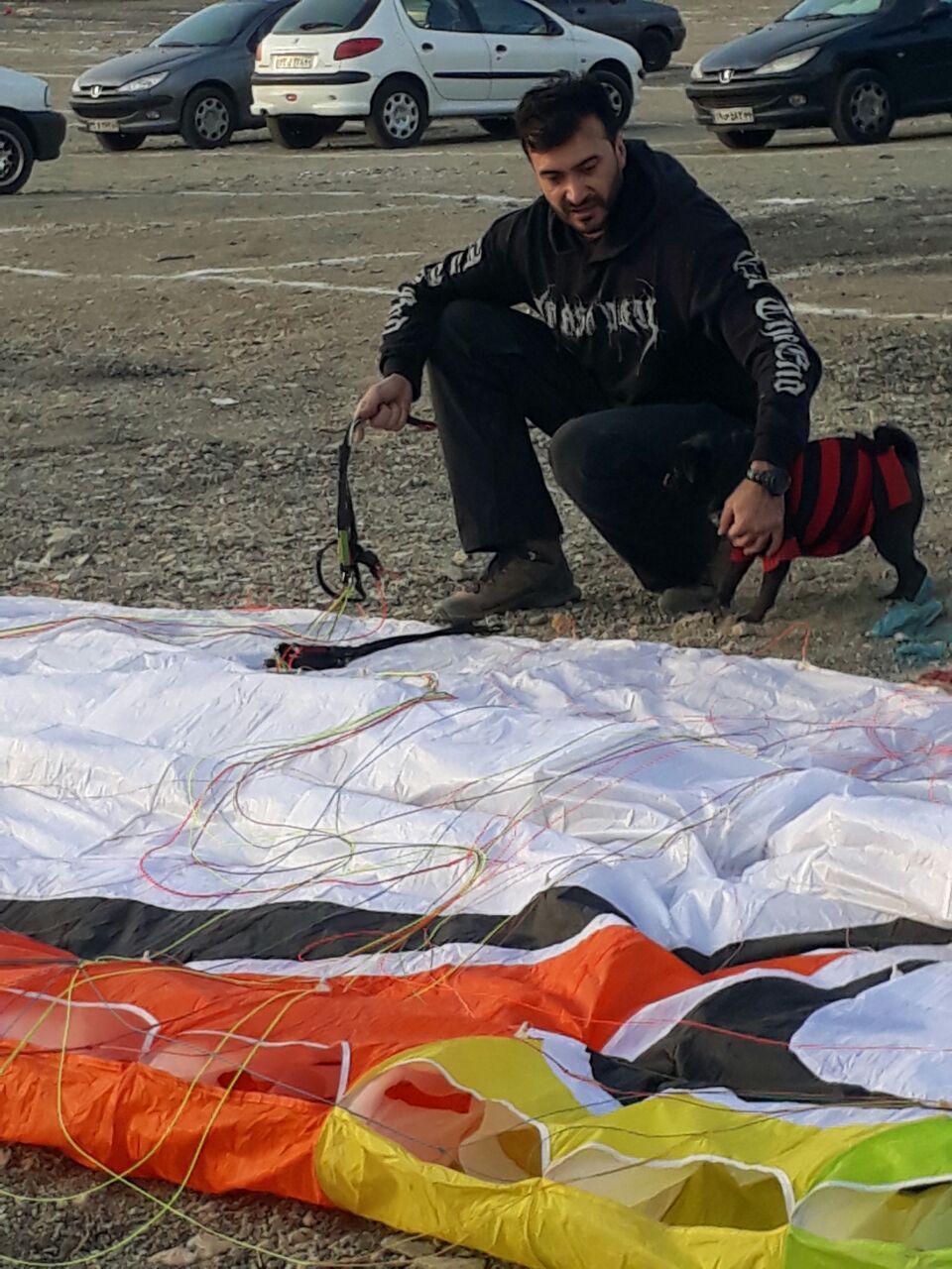 خلبان مسعود اسدی